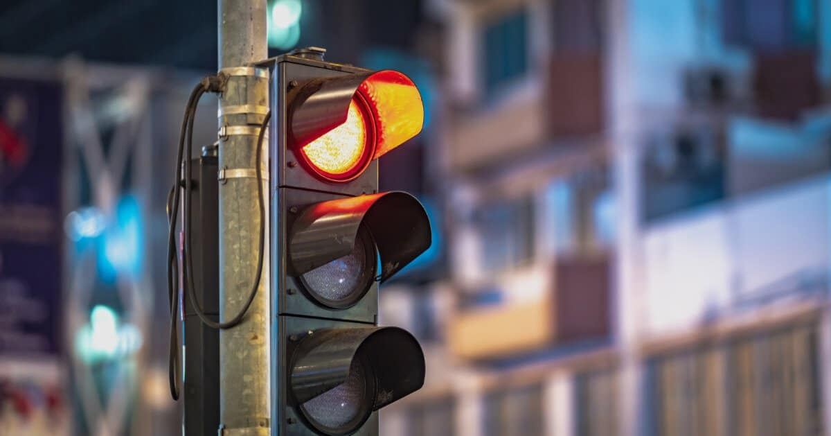 Accidents Caused By Running Red Lights Increase Sharply